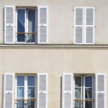 Les fenêtres PVC des systèmes d'ouverture en vogue